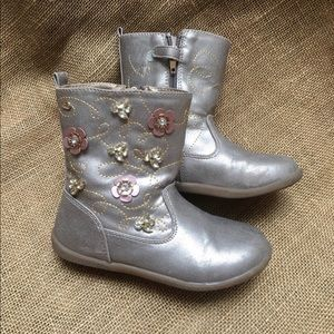 EUC NATURINO Metallic Leather Flower Booties 12